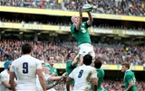 England do not contest as Ireland captain Paul O'Connell secures lineout possession for his side Credit: ©INPHO/James Crombie