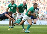 Replacement winger Dave Kearney made an immediate impact with a powerful midfield run Credit: ©INPHO/Billy Stickland