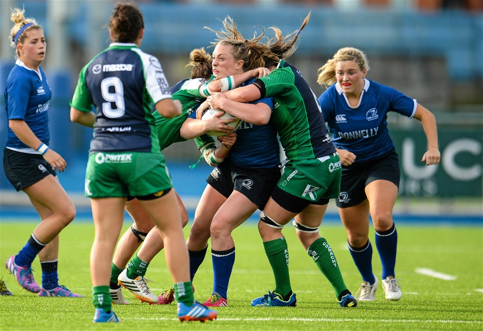 Leinster centre Elise O'Byrne White is sandwiched by Connacht's Grainne Egan and Edel McMahon