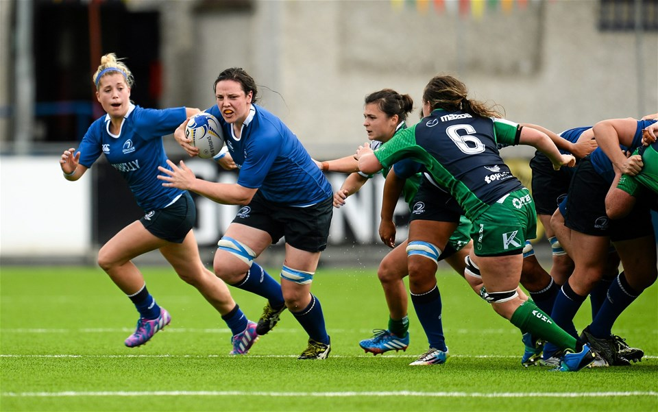 Paula Fitzpatrick, Leinster's powerful number 8, breaks off the back of a scrum
