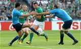 Robbie Henshaw's attempted kick through is blocked by Italy winger Leonardo Sarto Credit: ©INPHO/James Crombie