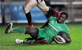 Guinness PRO12, Rodney Parade, Wales 4/11/2016Newport Gwent Dragons vs ConnachtConnacht's Niyi Adeolokun scores his side's first tryMandatory Credit ©INPHO/Ian Cook