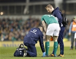 Guinness Series, Aviva Stadium, Dublin 26/11/2016Ireland vs Australia Irelands Andrew Trimble receives medical attentionMandatory Credit ©INPHO/Colm ONeill