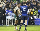 European Rugby Champions Round 4, Aviva Stadium, Dublin 17/12/2016Leinster vs Northampton SaintsNorthampton's JJ Hanrahan and Leinsters Robbie Henshaw at the end of the gameMandatory Credit ©INPHO/Ken Sutton