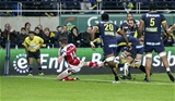 Sunday 18th December 2016 | ASM CLERMONT AUVERGNE vs ULSTER RUGBYTommy Bowe scores the third Ulster try during the European Rugby Champions Cup Pool 5 Round 4 clash between ASM Clermont Auvergne and Ulster Rugby at the Stade Marcel-Michelin, Clermont, France. Photo by John Dickson/Dicksondigital