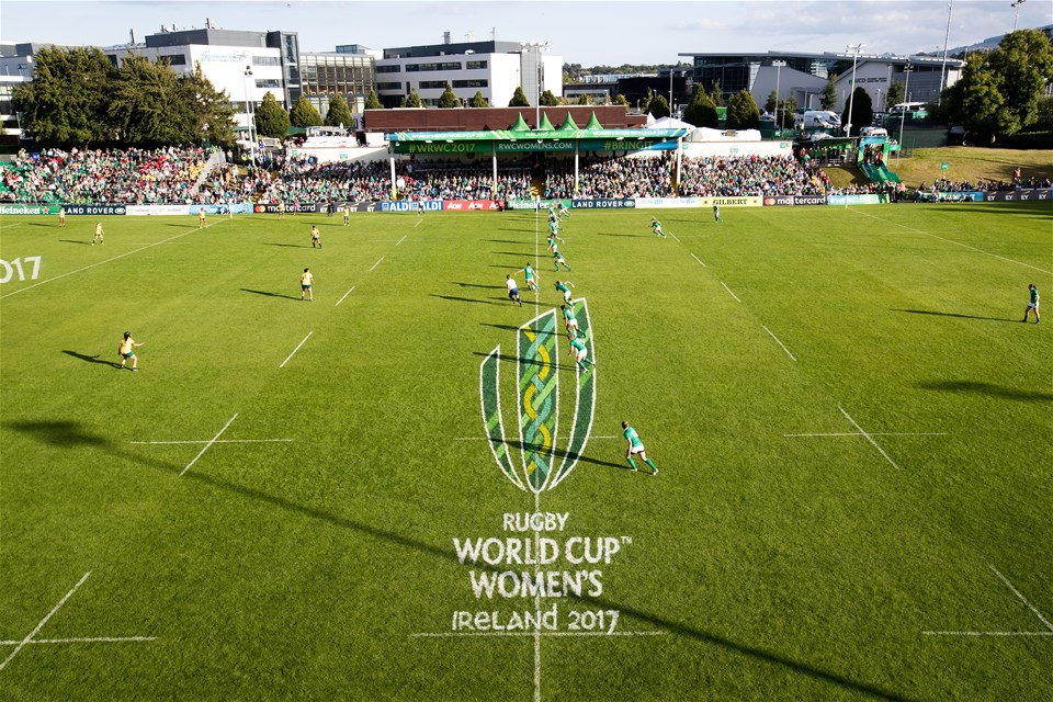 Nora Stapleton kicks off for the Ireland Women as they get their WRWC 2017 campaign underway