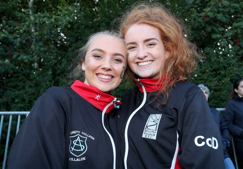 Michelle Rodgers and Claire O'Dea were eager to cheer Ireland on to victory in the second half
